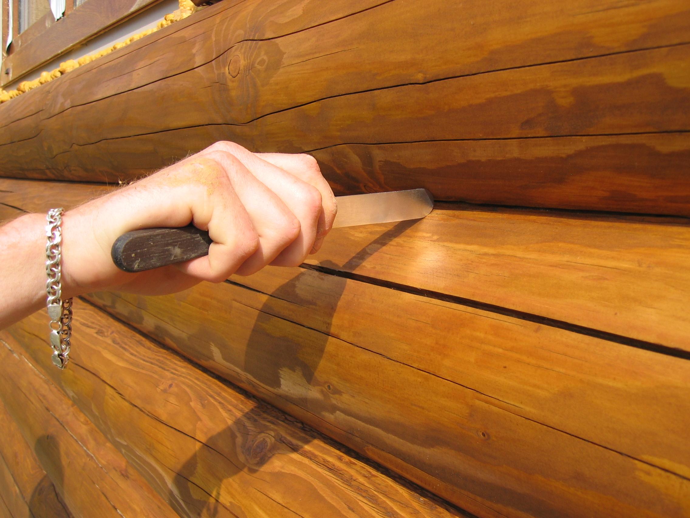 Герметик для швов в деревянном доме3